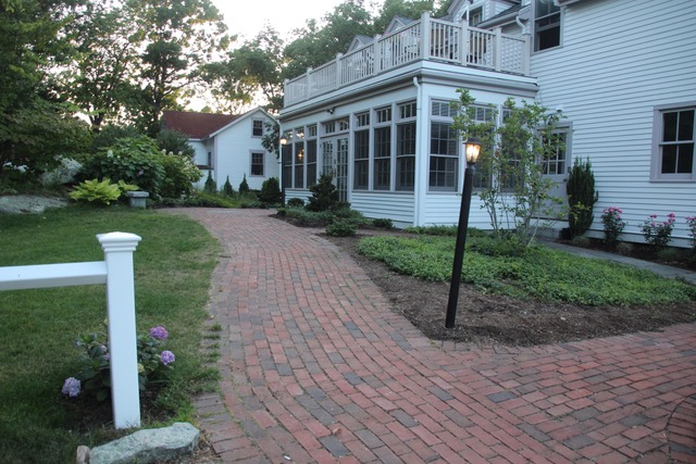 LIGHTKEEPERS GARDEN – Cohet Garden Club on history house, hunting island light keeper house, pet shop house, hamster house, photography house, first light house, dog kennel house,